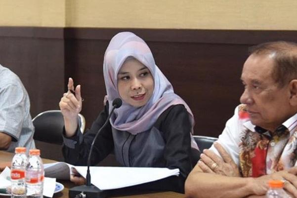Ketua DPRD Provinsi Jawa Barat, Ineu Purwadewi Sundari (kiri) - Istimewa