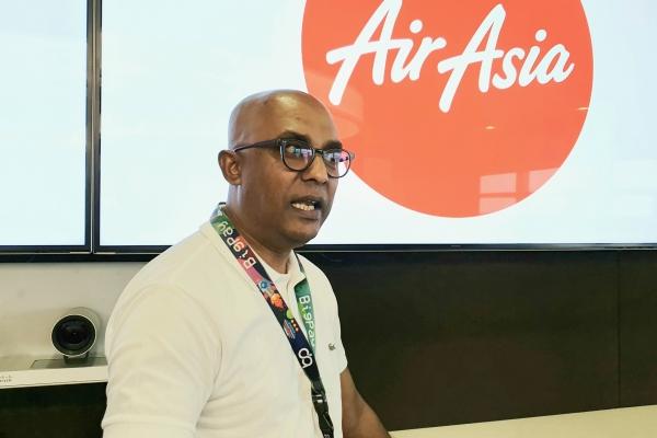 Deputy CEO AirAsia Group Bidang Bisnis Maskapai Bo Lingam - Bisnis/Rio Sandy Pradana