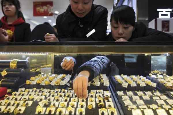 Ekonomi China. - Reuters