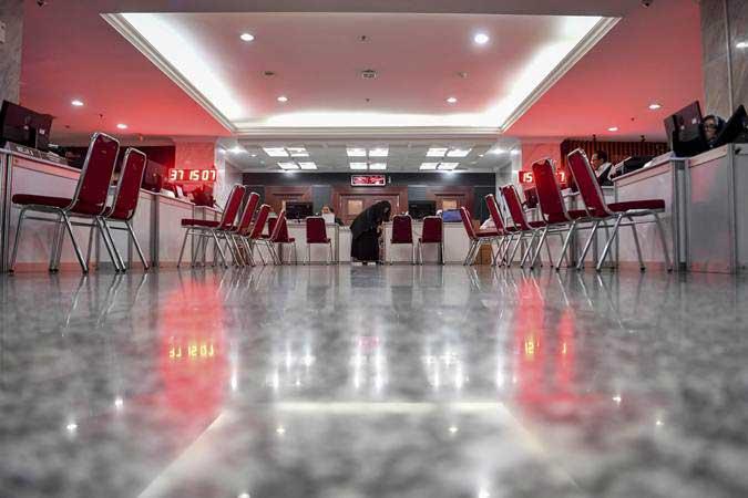 Suasana ruang pelayanan pengajuan gugatan hasil Pemilu 2019 di Gedung Mahkamah Konstitusi, Jakarta, Kamis (23/5/2019). - ANTARA/Hafidz Mubarak A