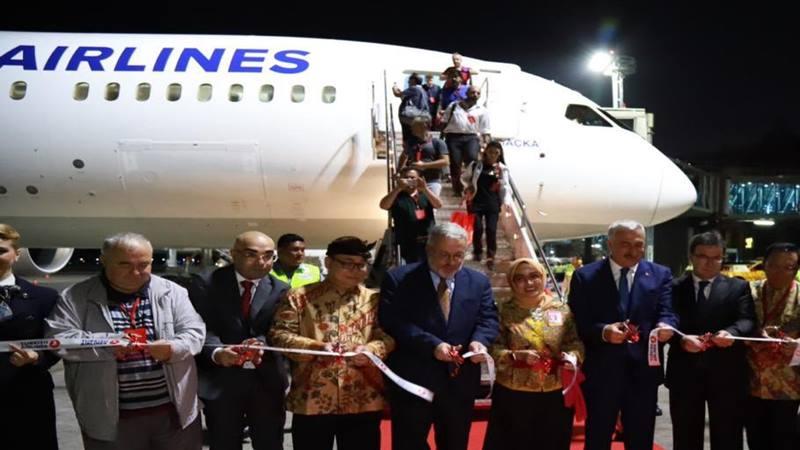Maskapai Turkish Airlines mengawali rute baru penerbangan dari Bandara Istanbul, Turki dan mendarat di Bandara Ngurah Rai, Kamis (17/7/2019) petang. - Istimewa