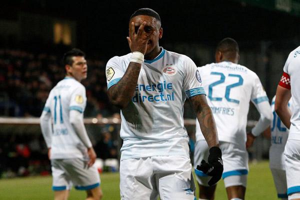Ujung tombak PSV Eindhoven Steven Bergwijn - Football Oranje