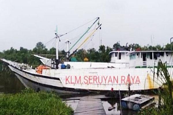 KLM Seruyan Raya saat sandar. Kapal inilah yang tenggalam di di perairan dekat perbatasan Kotawaringin Timur dan Seruyan, Kalimantan Tengah. - Antara