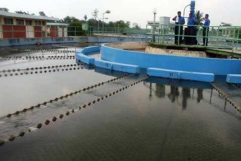 Ilustrasi instalasi pengolahan air bersih.