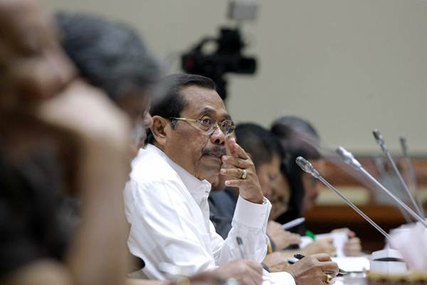 Jaksa Agung HM Prasetyo saat mendengarkan pertanyaan saat rapat kerja dengan Komisi III DPR di Kompleks Parlemen, Senayan, Jakarta, Senin (16/7/2018). - JIBI/Dwi Prasetya