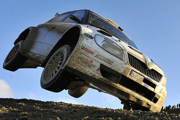 Ilustrasi Rally. - Reuters/Toby Melville