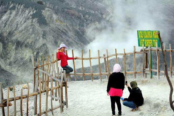 Gunung Tangkuban Parahu - Bisnis
