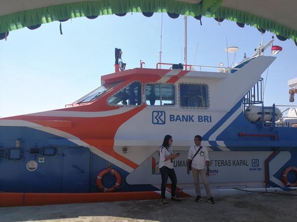 Teras Kapal BRI sedang berlabuh di Pelabuhan Pelni, Labuan Bajo, Nusa Tenggara Timur. - Istimewa