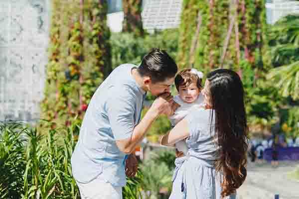 Keluarga Samuel Zylgwyn di Singapura - dokumentasi eksklusif Sweet Escape