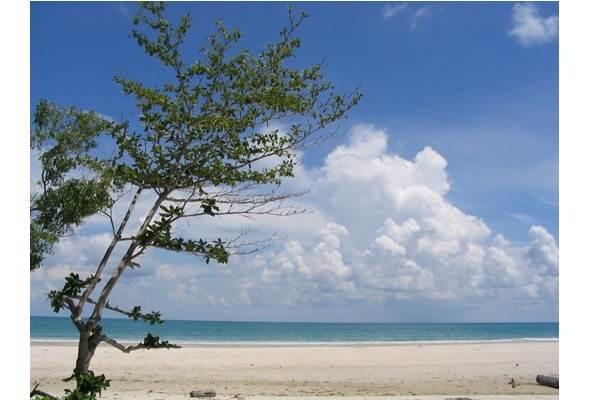 Pantai Matras - bangka.go.id