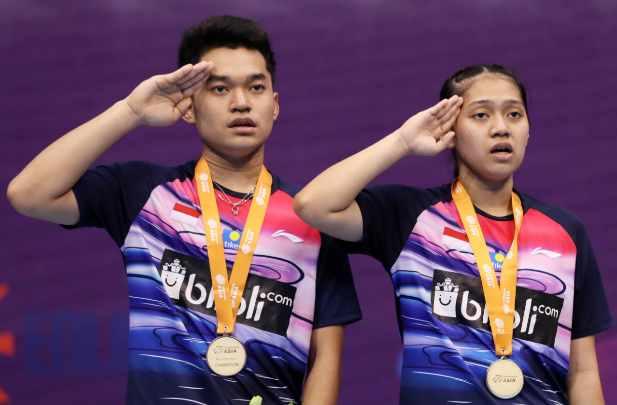 Leo Rolly Carnando/Indah Cahya Sari Jamil  - Badminton Indonesia