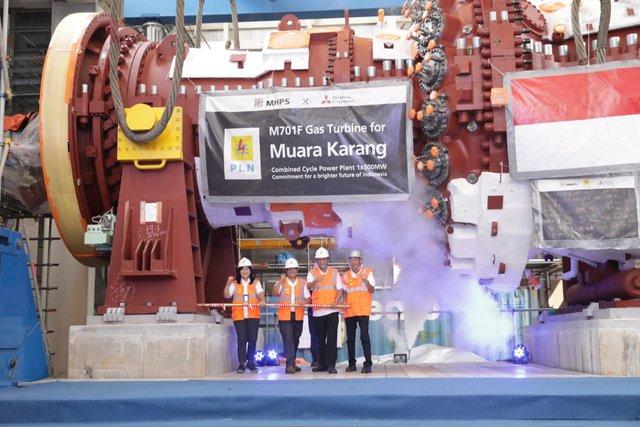 Peresmian pemasangan Gas Turbine type M701 F5 di PLTGU Muara Karang Peaker (400-500 MW) yang dihadiri oleh Direktur Bisnis Reigonal Jawa Bagian Barat PLN Haryanto WS, Senin (29/7/2019). - Istimewa