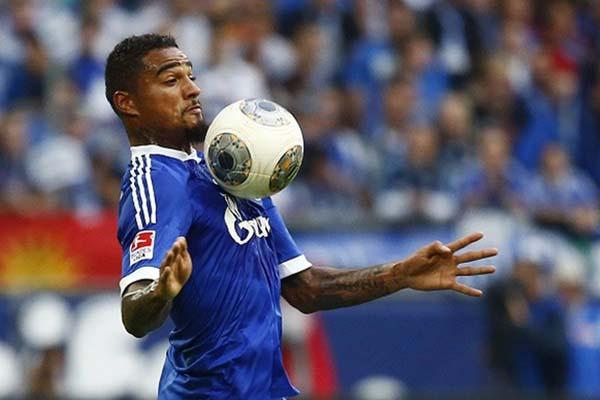 Kevin-Prince Boateng saat membela Schalke 04. - Reuters