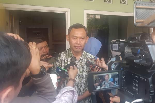 Pramono Ubaid: KPU tidak mau terburu-buru dalam menerapkan rekap-el. Apabila belum siap keseluruhan, rekap-el akan berlaku di beberapa daerah saja. - Bisnis/Jaffry Prabu Prakoso