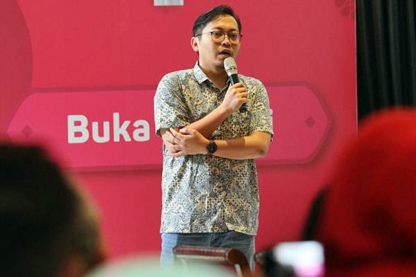 Chief Executive Officer dan Founder Bukalapak Achmad Zaky menyampaikan sambutan pada halal bihalal dengan awak media di Jakarta, Selasa (3/7/2018). - Bisnis/Dedi Gunawan