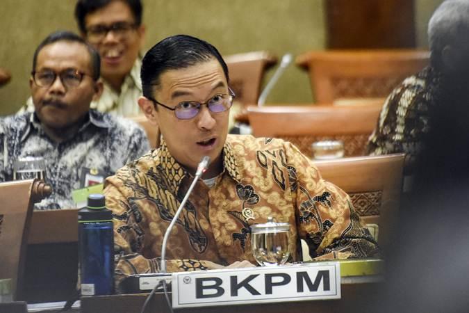 Kepala BKPM Thomas Lembong mengikuti Rapat Kerja bersama Komisi VI DPR di Kompleks Parlemen, Senayan, Jakarta, Rabu (17/7/2019). - ANTARA/Muhammad Adimaja