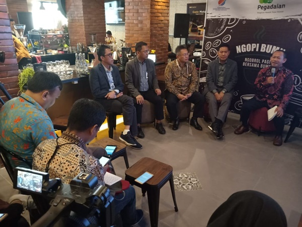 Direksi PT Pegadaian (Persero) memaparkan kinerja semster I/2019 dalam acara Ngobrol BUMN, di Jakarta, Kamis (1/8/2019). - Nindya Aldila.