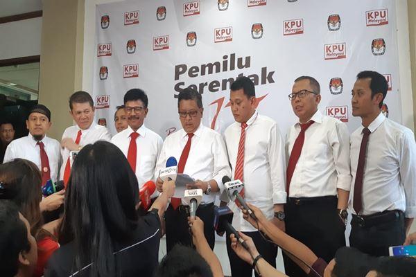 Para sekjen parpol pendukung Jokowi-Ma'ruf di KPU, Senin (20/8)./JIBI/Bisnis - Jaffry Prabu Prakoso
