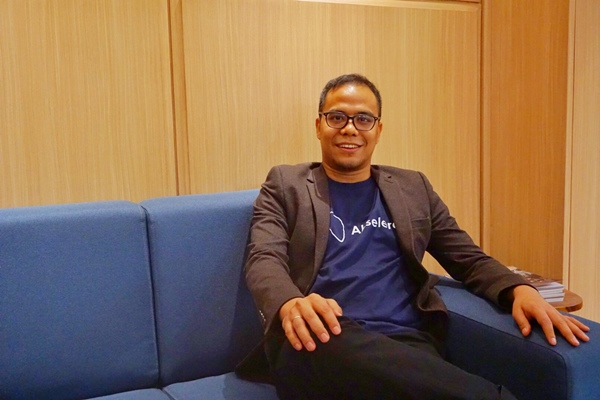 Co/Founder & CEO PT Akseleran Keuangan Inklusif Indonesia (Akseleran) Ivan Nikolas Tambunan