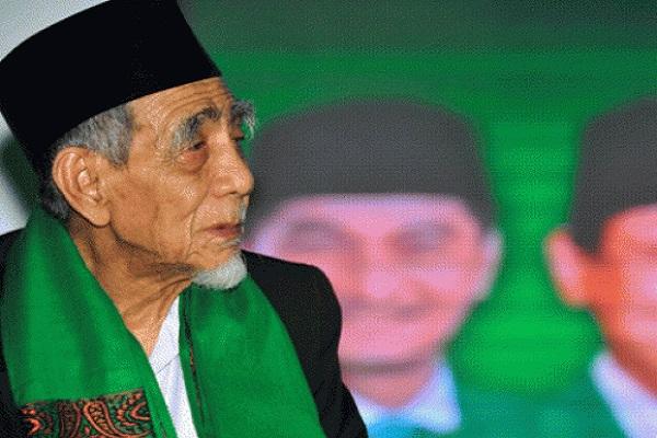 Ketua Majelis Syariah PPP KH Maimun Zubair - Antara