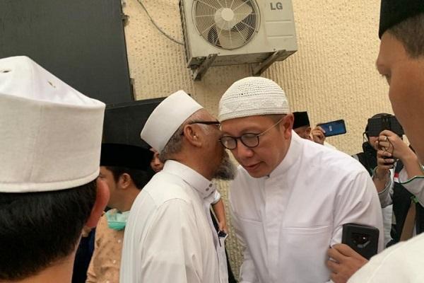 Menteri Agama Lukman Hakim Saifuddin bertakziah ke RS An Noer Mekkah. - Antara