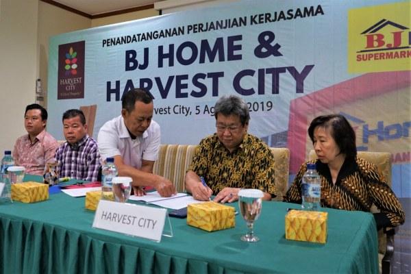 Penandatanganan kerja sama antara PT Bangunan Jaya Prima (BJ Home) dan PT Dwigunatama Rintisprima (pengembang Harvest City) dilakukan pada 5 Agustus 2019. - Bisnis