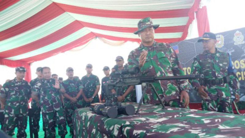 Senapan SPR-3 yang digunakan saat latihan bersama Indomalphi di Tarakan. - Bisnis/Eldwin Sangga