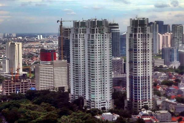 Deretan gedung bertingkat terlihat dari ketinggian di kawasan Sudirman, Jakarta, Rabu (26/12/2018). - Bisnis/Nurul Hidayat