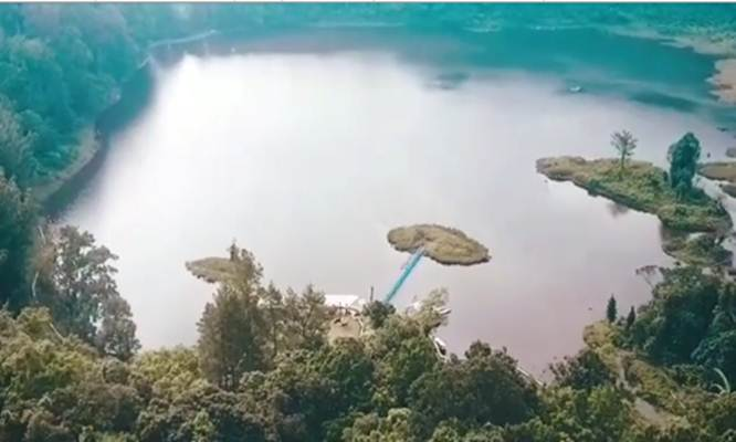 Situ Gunung, lokasi wisata di Sukabumi : Generasi milenial sangat senang dengan visualisasi, melalui gambar maupun video - Instagram/Luckyarwb_