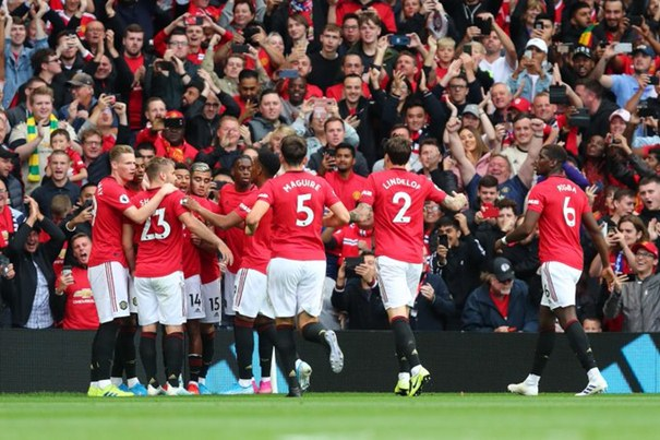 Para pemain MU merayakan gol Marcus Rashford ke gawang Chelsea - Twitter