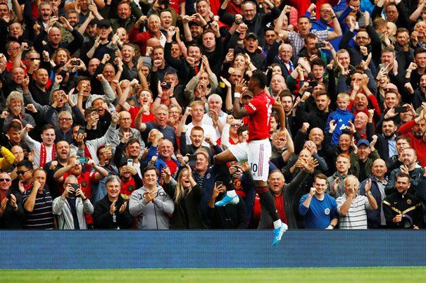 Marcus Rashford mencetak dua gol ke gawang Chelsea - Twitter