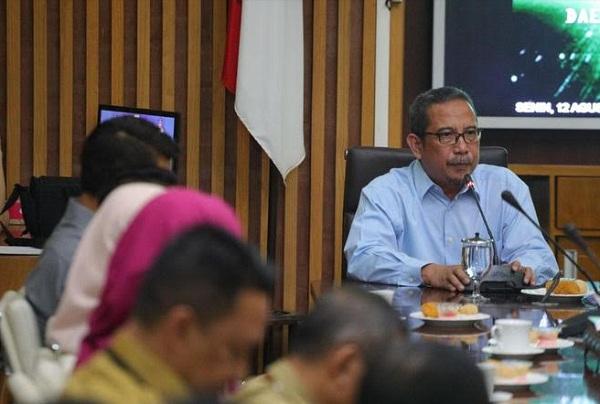 Ketua tim EKPPD Provinsi Jawa Barat, Yani Sukmawan - Bisnis/Dea Andriyawan