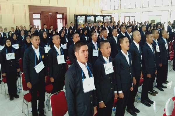 Penerimaan mahasiswa baru di Politeknik PU Semarang.