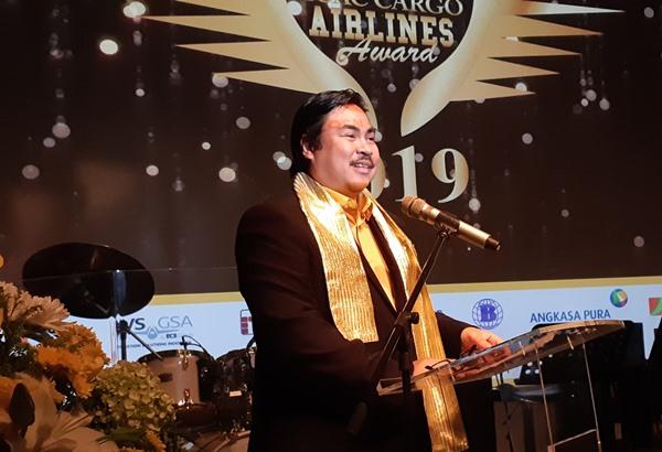 Ketua Umum ICAC Ade Wellington Adrian saat memberikan sambutan dalam acara Indonesia Cargo Agents Club Awards 2019 di Lounge XXI Plaza Senayan, Jakarta, Rabu (14/8/2019). BISNIS - Rinaldi M Azka