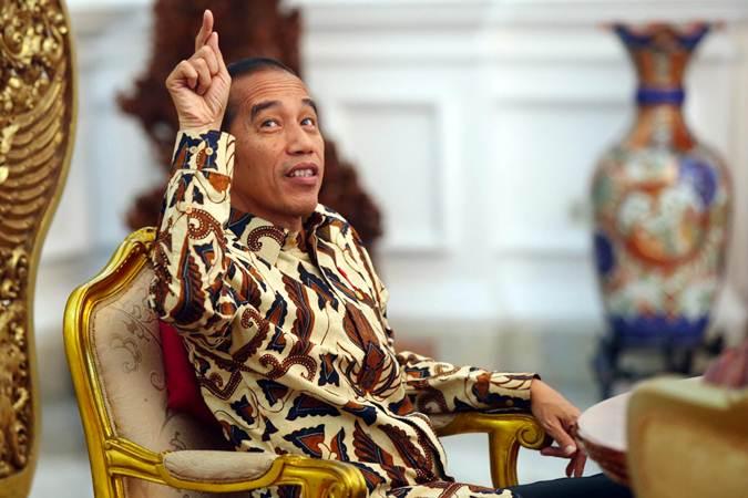 Presiden Joko Wiodo memberikan keterangan saat menerima kunjungan tim redaksi Harian Bisnis Indonesia, di Istana Merdeka, Jakarta, Rabu (29/5/2019). - Bisnis/Abdullah Azzam