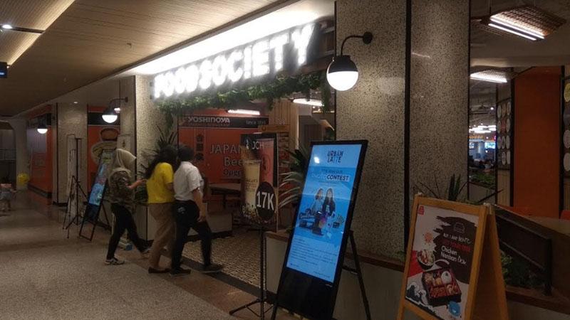 Food Society melengkapi tampilan baru Plaza Blok M - Bisnis.com/Desyinta Nuraini