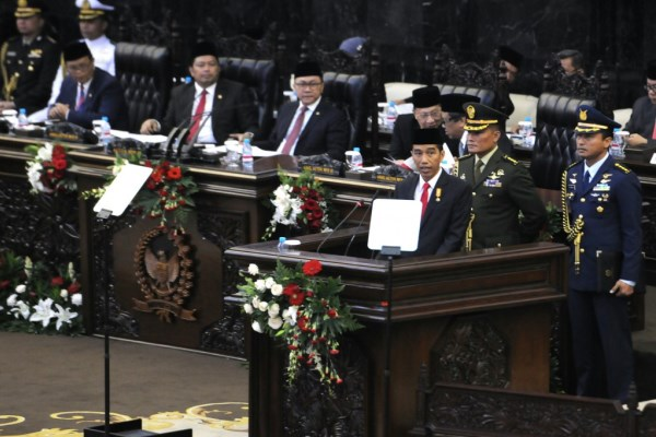 Presiden Jokowi saat menyampaikan pidato pada Sidang Paripurna MPR-RI, di Jakarta, Jumat (14/8/2015) pagi. - Setkab.go.id