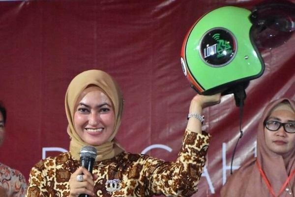 Bupati Luwu Utara, Indah Putri Indriani, melaunching Aplikasi Lontara