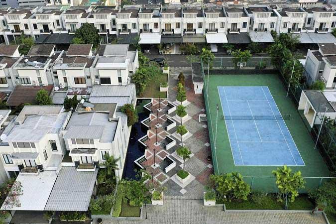 Foto aerial suasana perumahan yang berada di atas mal Thamrin City, Jakarta - Antara