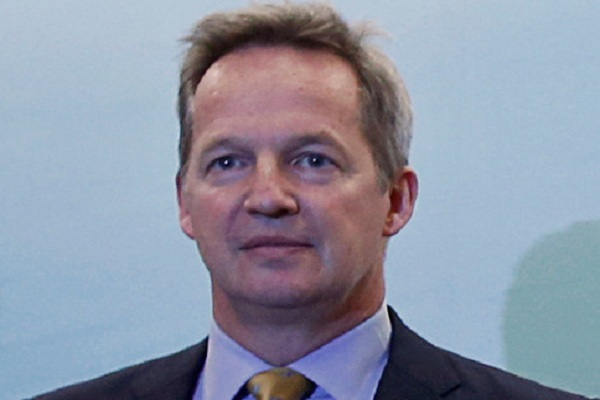 CEO Cathay Pacific Airways Ltd Rupert Hogg - Reuters