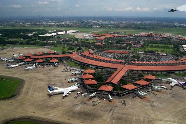 Bandara Soekarno Hatta - wikipedia.org
