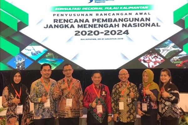 Walikota Banjarmasin H Ibnu Sina saat menghadiri kegiatan Penyusnan Rancangan Awal RPJMN Tahun 2020/2024