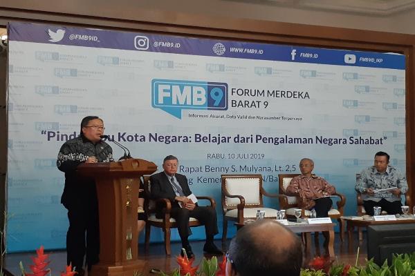 Menteri PPN/Kepala Bappenas Bambang P.S. Brodjonegoro saat membuka acara Forum Merdeka Barat (FMB)9 dengan tema
