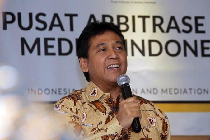 Ketua Umum Asosiasi Pengusaha Indonesia Hariyadi Sukamdani memberikan sambutan saat menghadiri diskusi publik di Jakarta, Jumat (5/7/2019). - Bisnis/Triawanda Tirta Aditya