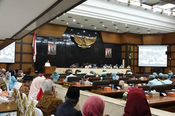 Suasana Rapat Paripurna DPRD Jabar, Bandung, Kamis (22/8/2019). - Bisnis/Wisnu Wage Pamungkas