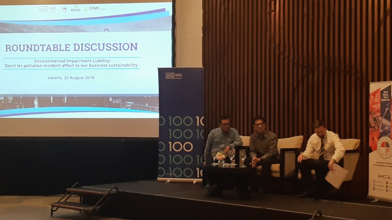 PT AIG Insurance Indonesia menyelenggarakan roundtable discussion bertajuk Environmental Impairment Liability: Don't let pollution incident affect to our business sustainability di Jakarta, Kamis (22/8/2019). - Bisnis/Oktaviano DB Hana