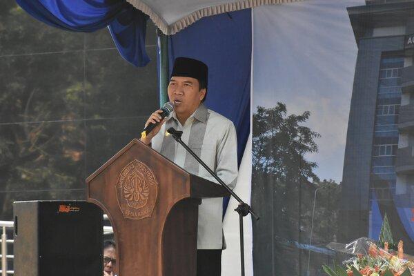 Rektor Universitas Diponegoro (Undip) Semarang, Prof. Yos Johan Utama.