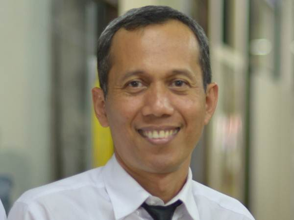 Prof. Dr. Terry Mart : Raih Sarwono Award dari LIPI - fisika.ui.ac.id