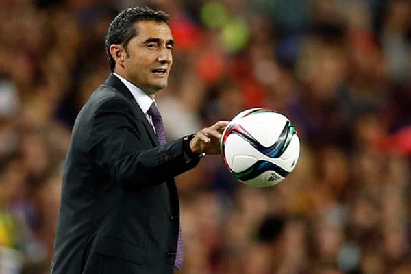 Pelatih FC Barcelona Ernesto Valverde - Reuters