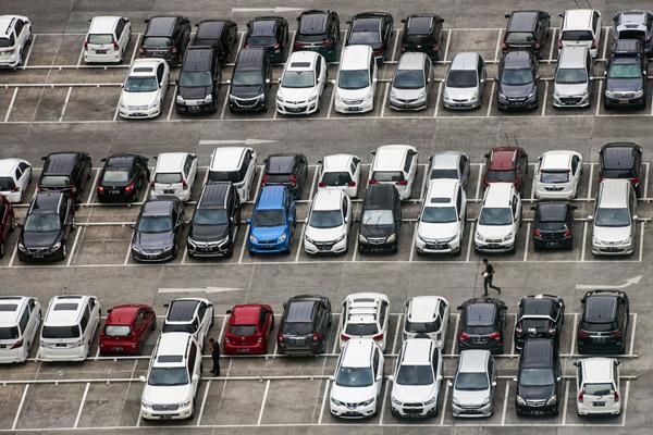 Ilustrasi Parkir Kendaraan Bermotor - JIBI